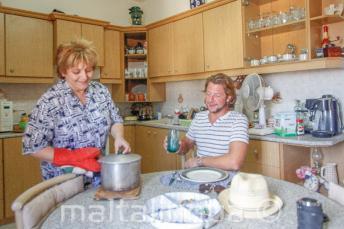 Nos familles d'accueil offrent demi-pension