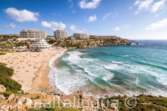 Vue de la plage Golden Bay à Malte