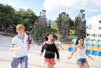 Activités sportives de l'école de langue à Malte