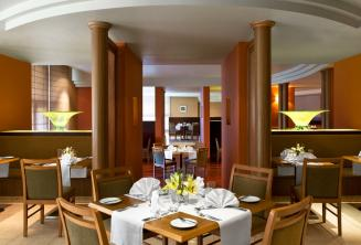 Le restaurant de l'hôtel Le Meridien, St Julians